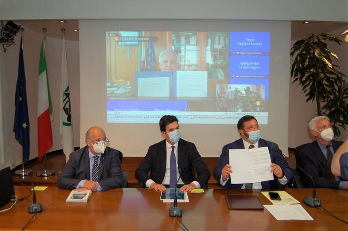 Regione Marche e Agenzia ICE firmano un accordo per l'internazionalizzazione.